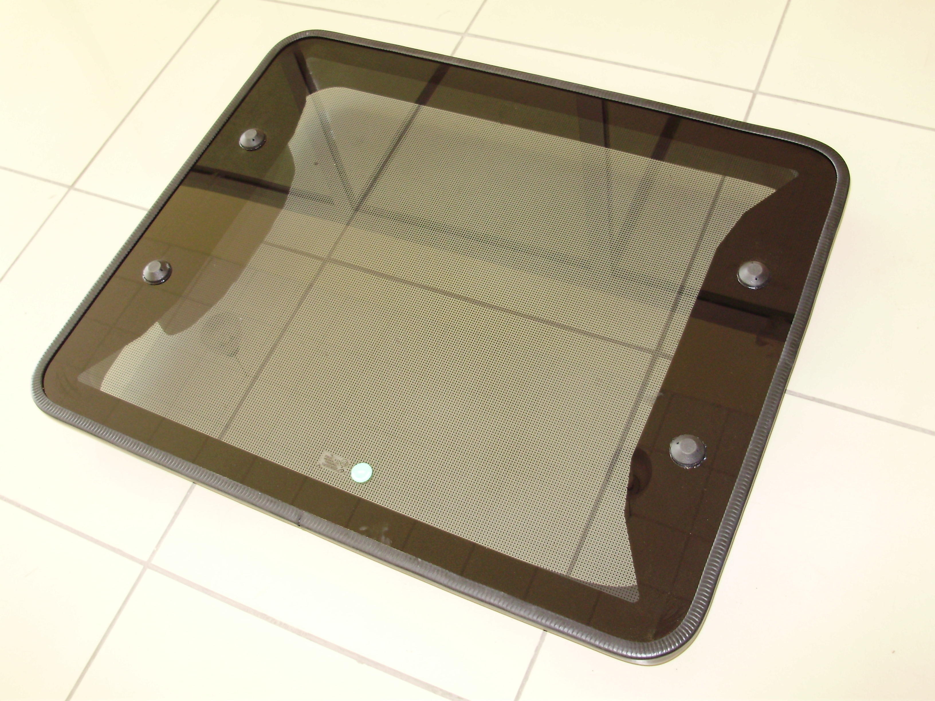 ROOF-HATCH-GLASS-TOP